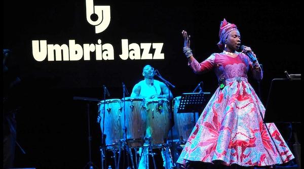 2_Angelique_KidjoJuly_12_Arena_Santa_Guiliana_Umbria_Jazz_2017.jpg