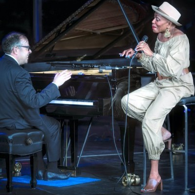 DB21_Bill_Charlap_and_Dee_Dee_Bridgewater_Detroit_Jazz_Festival_by_Michael_Jackson.jpg
